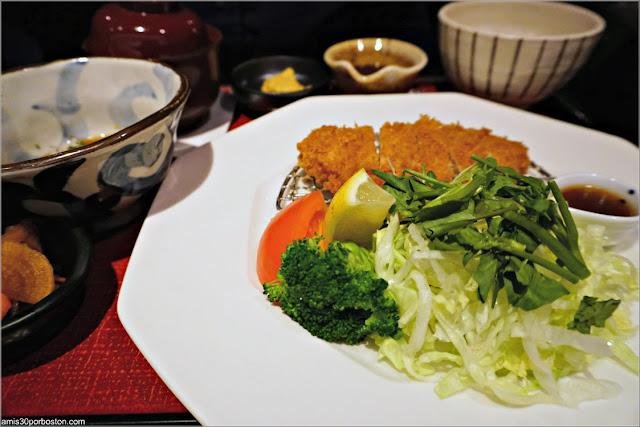 Tonkatsu con Ensalada de Ootoya, Nueva York