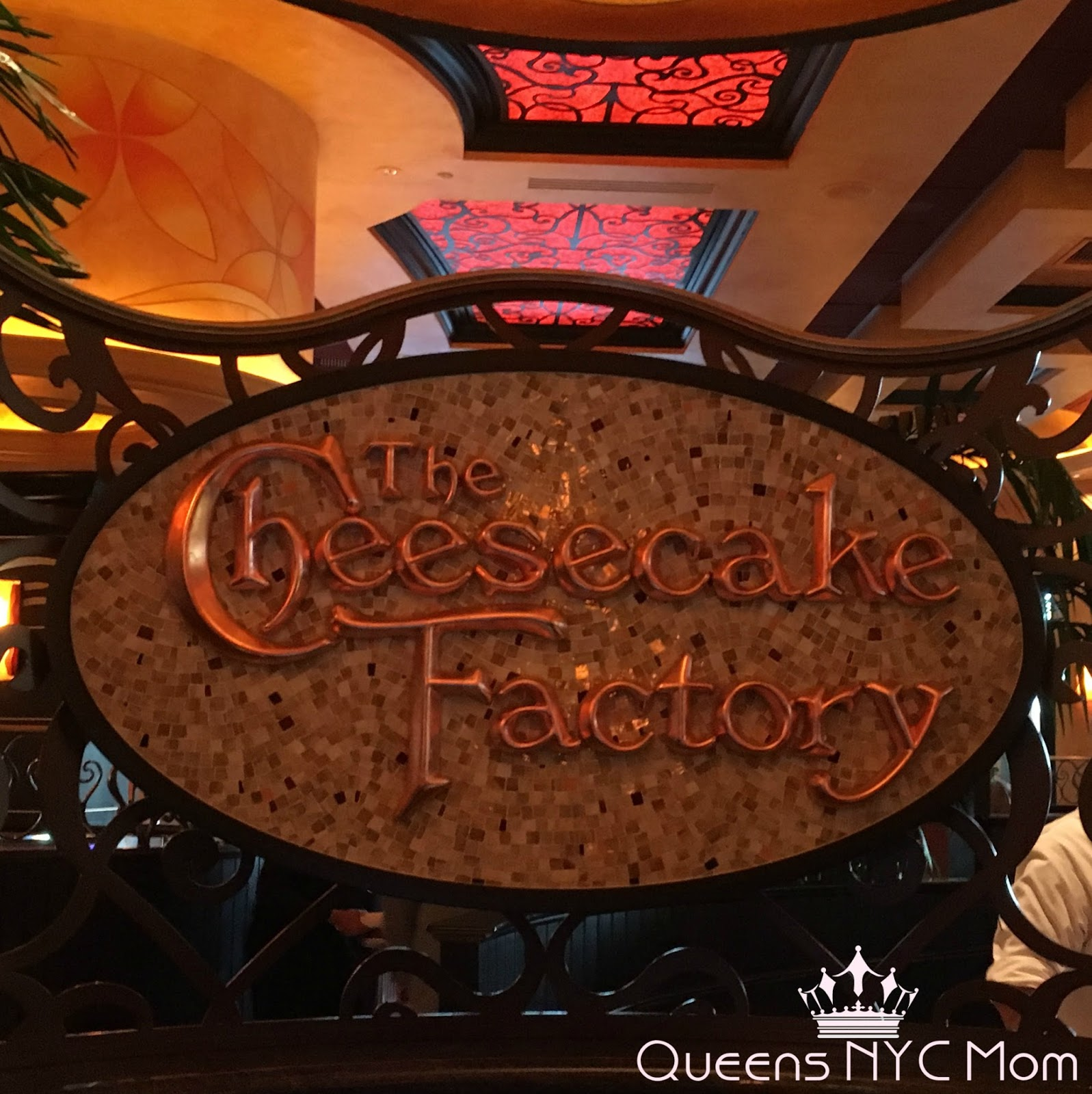 Kitchen Design Queens Ny: #REVIEW The Cheesecake Factory Restaurant