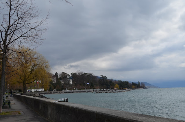 beira do lago Léman