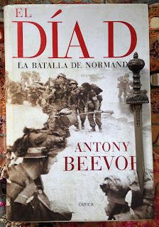 Portada del libro El Día D, de Antony Beevor