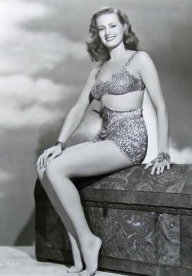 https://pics.wikifeet.com/Jane-Harker-Feet-1714526.jpg