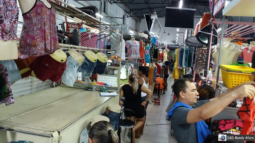 Feira de roupa em Fortaleza, Ceará