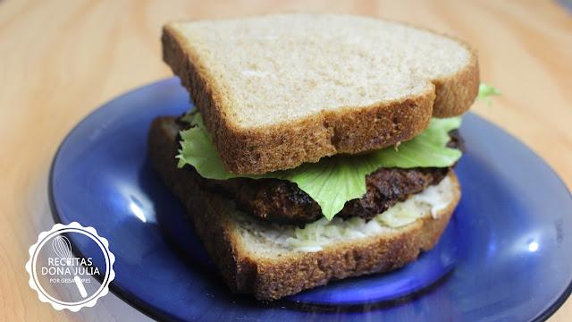 Hambúrguer Vegetariano de Berinjela