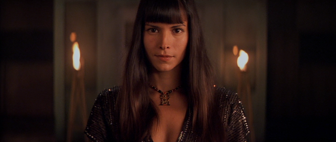 Patricia Velasquez Anck Su Namun Movie and TV Screencap...