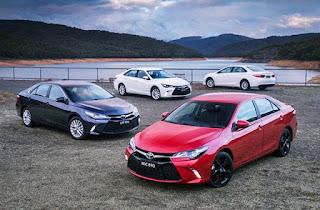 2016 Toyota Camry Atara SL Review Price