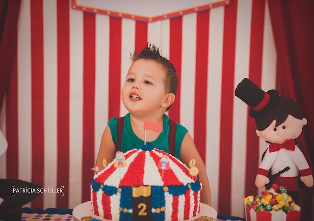 2 aninhos Arthur tema circo palhaço picadeiro Patrícia Schüller Fotografias