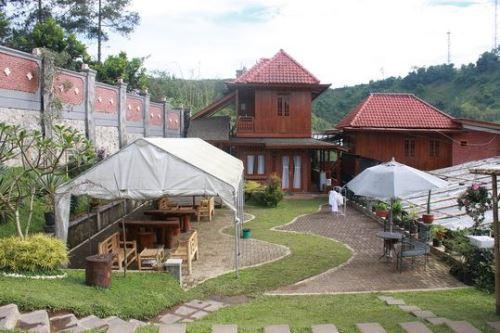 hotel dekat wisata Maribaya