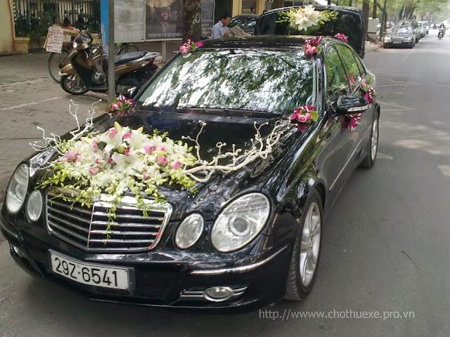 Chia sẻ kinh nghiệm thuê xe hoa ngày cưới bạn nên biết