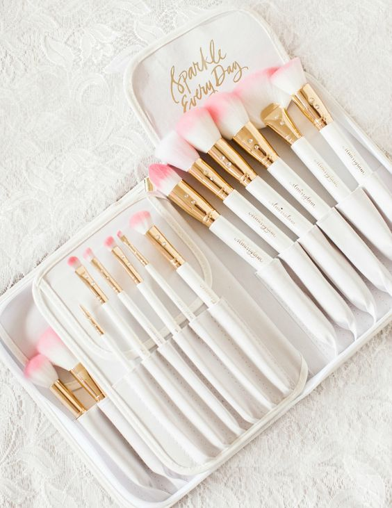 Cute Makeup Brushes, Adorable Makeup Brushes, Makeup Brushes, Pink Makeup Brushes, Makeup, Glam Makeup Brushes,