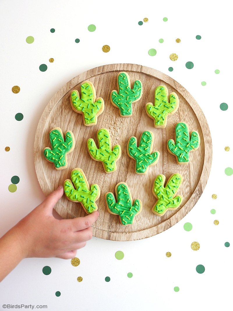 Cactus Sugar Cookies Easy Recipe - learn to bake and decorate these fun cookies for Cinco de Mayo, summer celebration or a llama birthday party! by BirdsParty.com @birdsparty #cactus #sugarcookies #cincodemayo #cactuscookies #cactusparty #cactusfood #cactusrecipes
