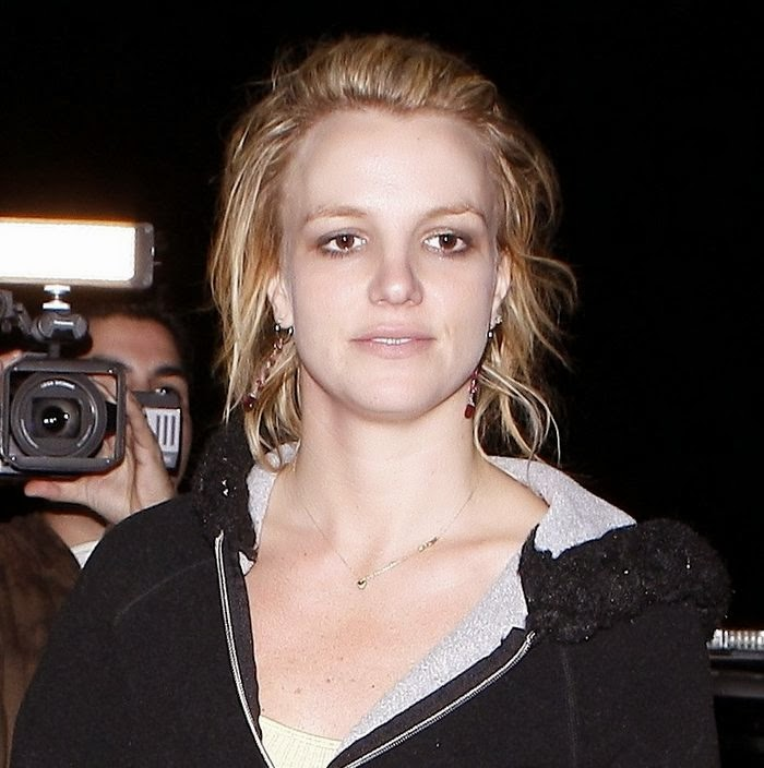 Britney Spears Without Makeup Photos 2013-14