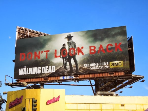 Walking Dead 4 Don't Look Back billboard