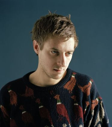 Kiss of the Dalek: A Doctor Who news and review Blog: Doctor Who's Arthur Darvill joins Dark Shadows