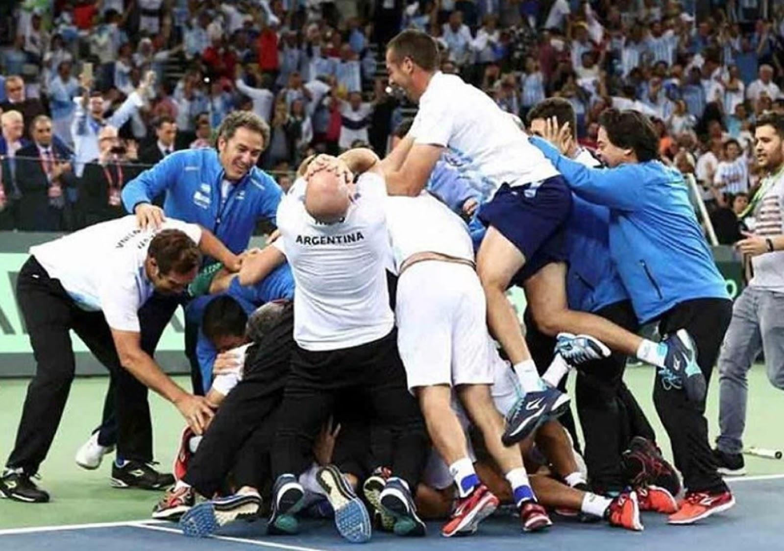 ARGENTINA DAVIS CUP CHAMPIONS 11