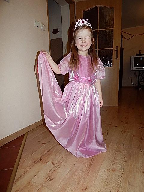 Sukienka księżniczki na bal przebierańców