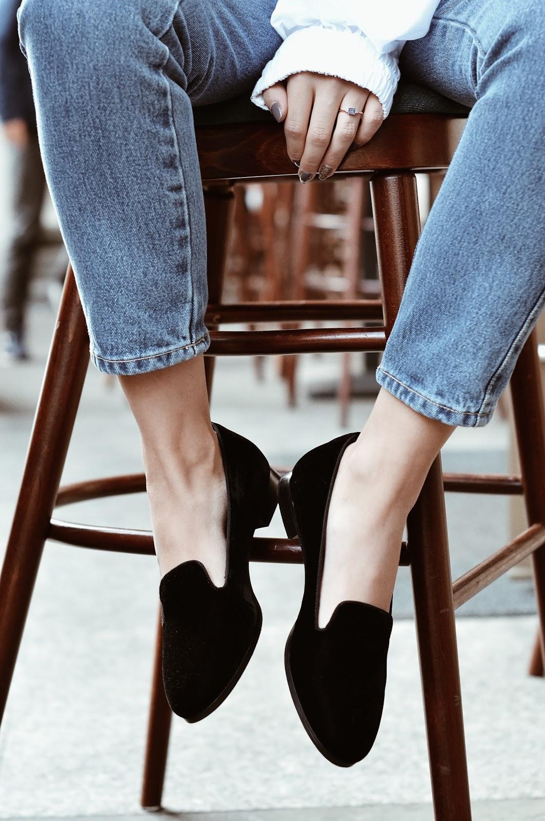 buty z aksamitu