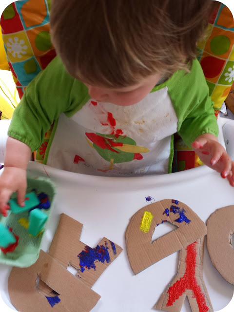 toddler painting, making father's day gift, father's day bunting, daddy bunting