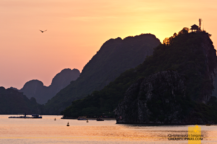 Sunset Halong Bay Cruise Overnight