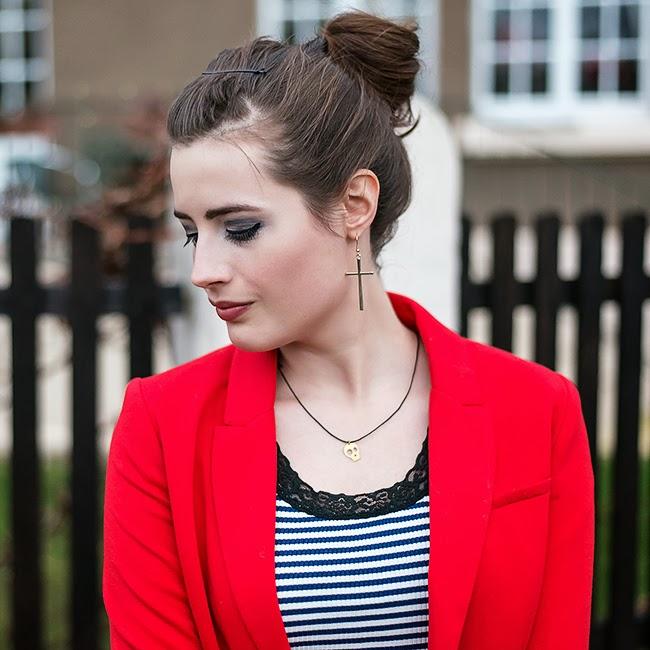 Modeblog-Deutschland-Deutsche-Mode-Mode-Influencer-Andrea-Funk-andysparkles-Berlin-Femme-Seven-roter-Blazer