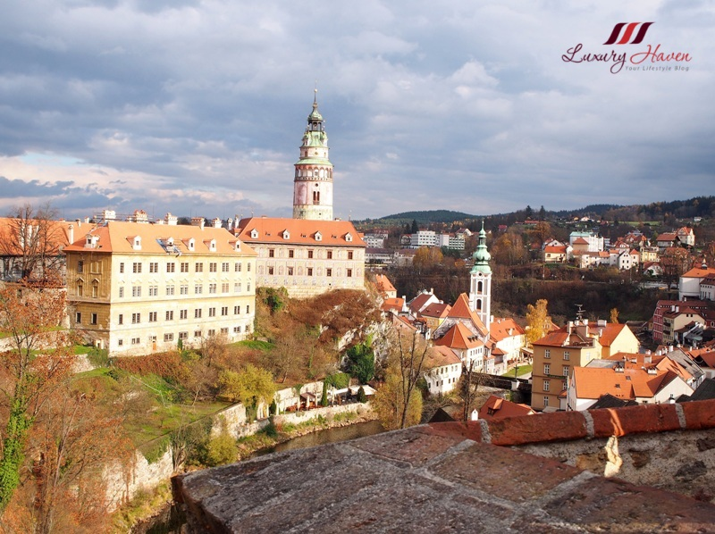 natas travel eastern europe tour cesky krumlov castle