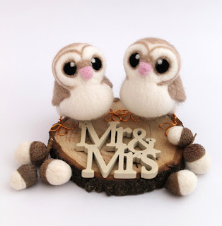 Mr and Mrs Bird Wedding Cake Topper for Rustic Wedding Themes
