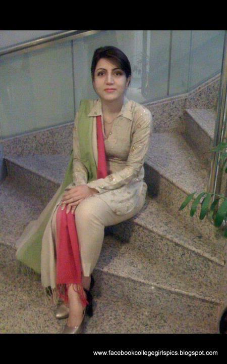 Hot Facebook Girls Profile Pictures 30 Pics - Facebook -8847