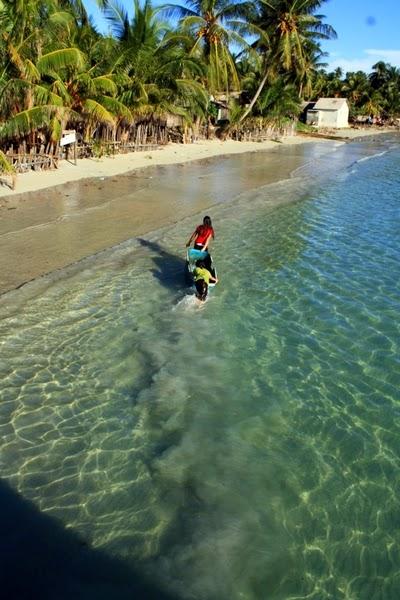 pantai teluk tamiang