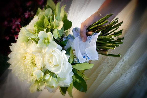 tips on choosing your wedding florals by oh lovely day