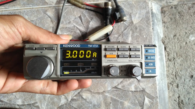 Kenwood TM-411A Mobile Radio