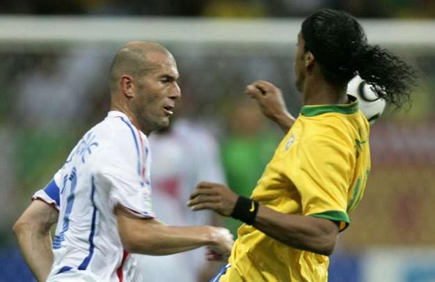 Zinedine Zidane Ulang Tahun Ronaldinho Ucapkan Selamat