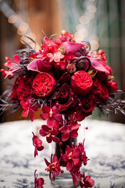 black and white and red always classy flora nova blog. Black Bedroom Furniture Sets. Home Design Ideas