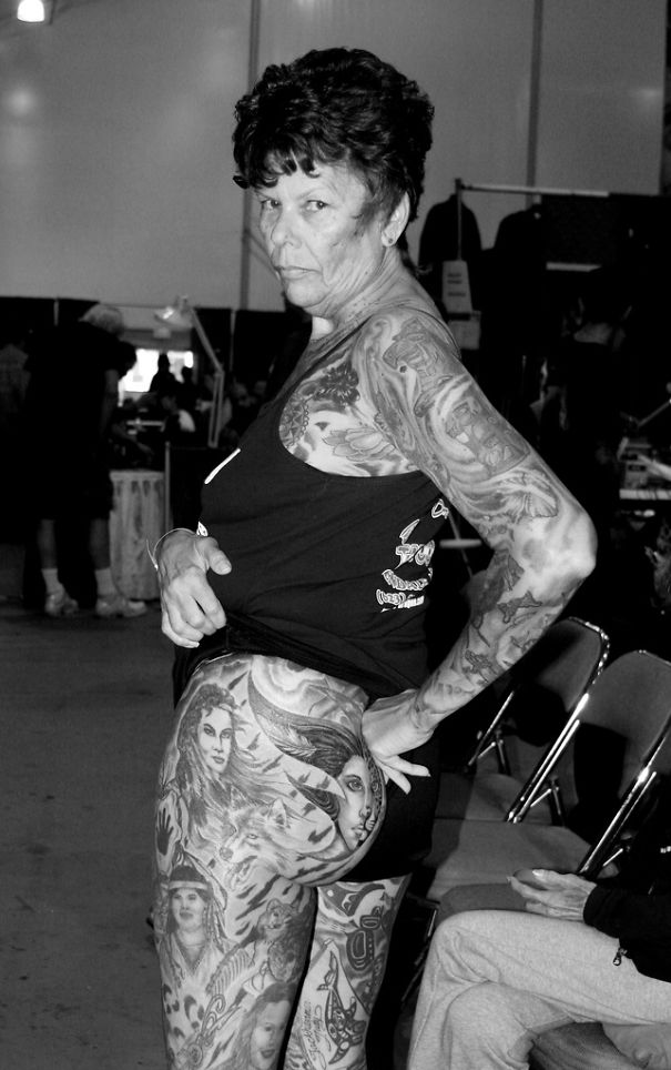 tattooed-elderly-people-15