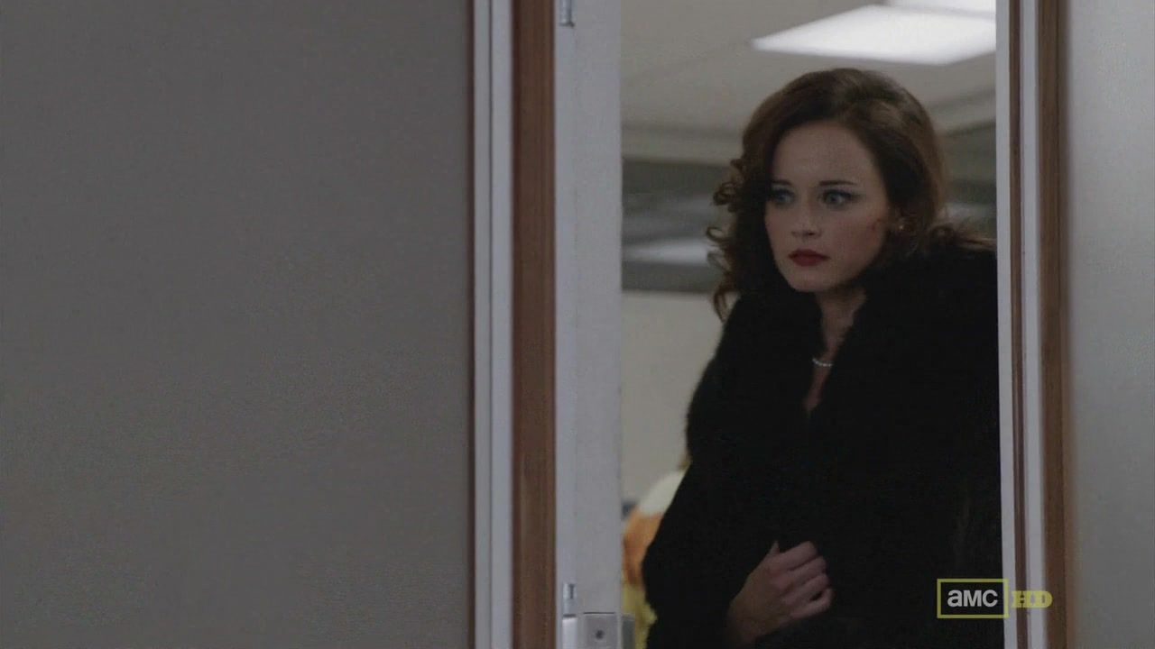 Alexis bledel mad men s5e09 10