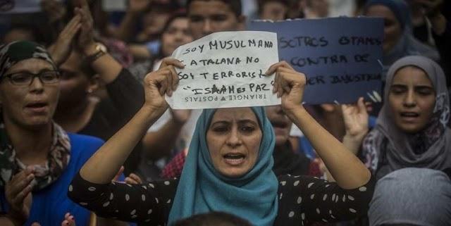 Μουσουλμάνοι κατά της τρομοκρατίας - «Το Ισλάμ είναι ειρήνη»