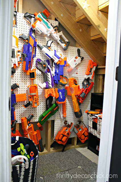 Easy and inexpensive Nerf storage ideas!