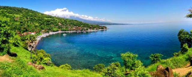 daftar 10 pantai terbaik di indonesia - Pantai Jemeluk, Bali