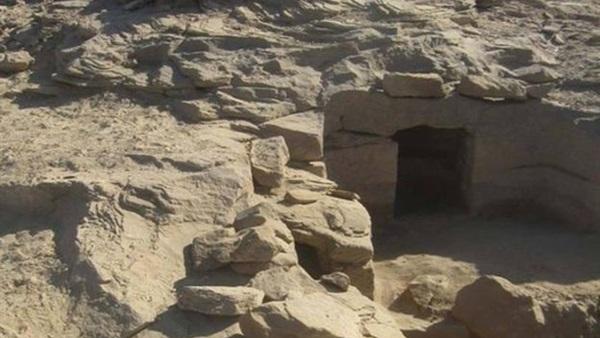 الآثار المصرية.. 4 اكتشافات ضخمة في أسوان والمنيا والمطرية
