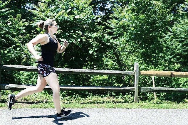 lululemon fast-lane-singlet pop-cut-speed-shorts