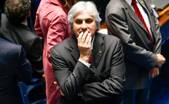 Delcídio diz à Justiça que CPMI do Cachoeira foi esvaziada a pedido do governo