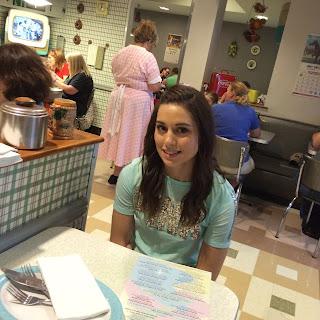 disney 50's prime time cafe 2016