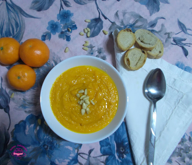 Crema de zanahoria y mandarina al curry