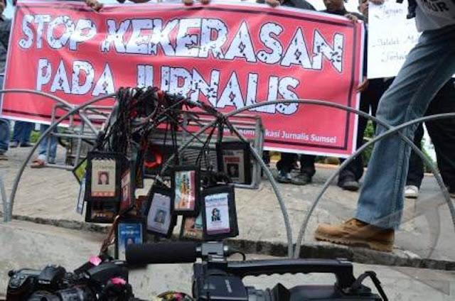RUU KUHP Disahkan, Jurnalis dan Orang Kritis Terancam
