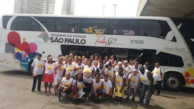 """Idosos conhecem o Mercadão Paulista e o Museu Memorial do Imigrante através da """"Melhor Viagem SP""""."""