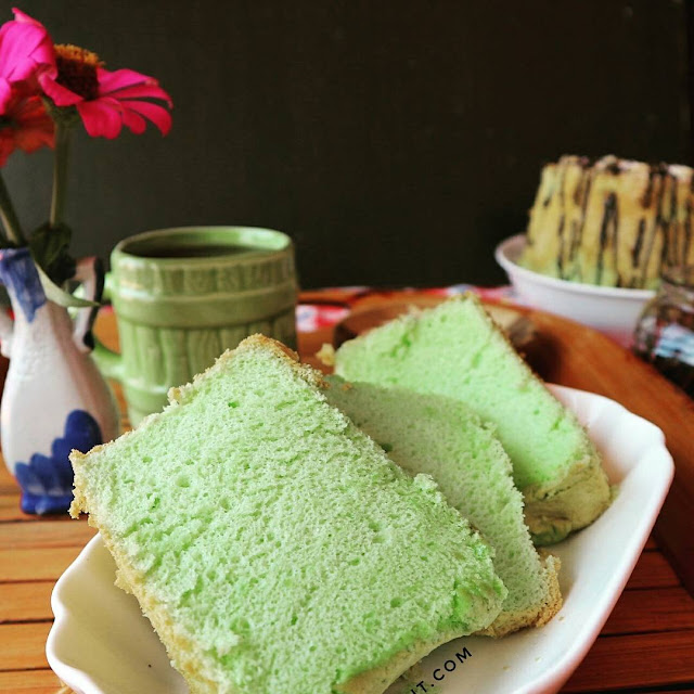 Chiffon cake pandan santan tintin rayner