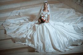 9e4328408 فساتين الزفاف بقماش الدانتيل.