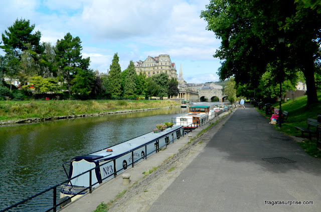 River Walk, passeio às margens do Rio Avon, em Bath, Inglaterra