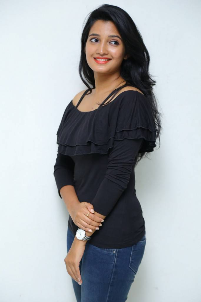 Beautiful Telugu Girl Deepthi Shetty Long Hair In Black Dress