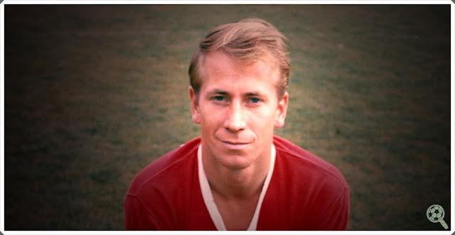 Bobby Charlton Young