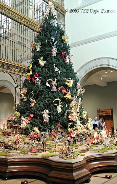 Christmas Tree And Neapolitan Baroque Crche Metropolitan