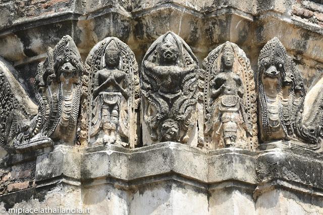Wat Si Sawai, Sukhothai, stucco carvings